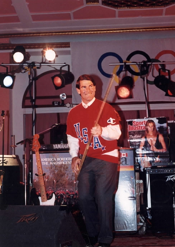 Steve Garvey - Baseball's Steve Garvey on stage with Nik at a Sports Illustrated show in Atlanta.